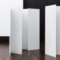 Ausstellungsansicht Modi des Minimierens, Teil 2: Kirstin Arndt