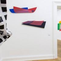 Ausstellungsansicht: Dóra Maurer, Esther Stocker. ENTFERNTE NÄHE, kunstgaleriebonn, 22.11.2013 - 17.01.2014