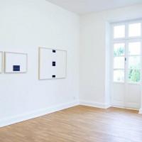 Ausstellungsansicht Papier/Paper II, Frank Gerritz (l.), Karim Noureldin (r.)