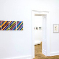 """Ausstellungsansicht """"Papier/Paper IV – COLLAGEN"""", Martin Pfeifle (l.), Frank Badur (r.)"""