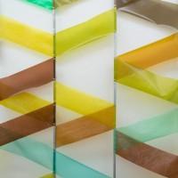 Ausstellungsansicht, enka, 2012 verzinkter Stahl, Folie, Magnete, ca. 300 x 600 x 30 cm, Detail